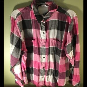 Tops - XL Pink and Black Women's Flannel